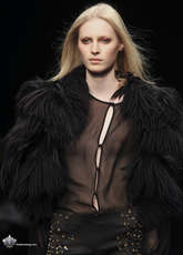 Julia Nobis Oops Topless Nude Nip Slip Sexy Hot Fashion Tits